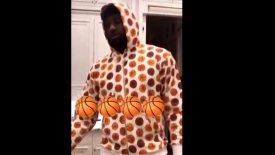 Γεμάτες από μπάσκετ και οι… πιτζάμες του ΛεΜπρόν! (vid)