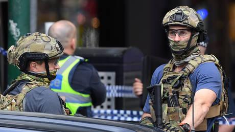 Γνωστός στις Αρχές ο δράστης της τρομοκρατικής επίθεσης με μαχαίρι στη Μελβούρνη (pics&vids)