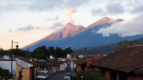Γουατεμάλα: Ενεργοποιήθηκε ξανά το ηφαίστειο Φουέγο