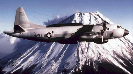 Επικίνδυνα «παιχνίδια» ρωσικού μαχητικού με αμερικανικό αεροσκάφος