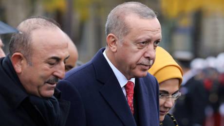 Ερντογάν απειλεί Ελλάδα και Κύπρο: Μη μας ζορίζετε (vid)