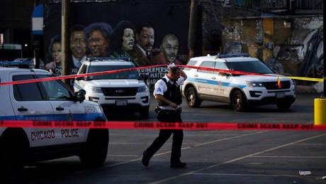 ΗΠΑ: Αστυνομικός σκότωσε μαύρο ένοπλο φρουρό που είχε ακινητοποιήσει ύποπτο σε μπαρ