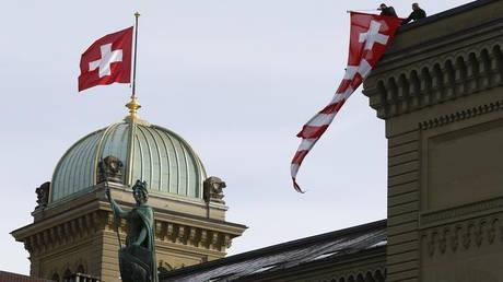 Η κυβέρνηση της Ελβετίας δεν θα υπογράψει το Παγκόσμιο Σύμφωνο του ΟΗΕ για τη Μετανάστευση