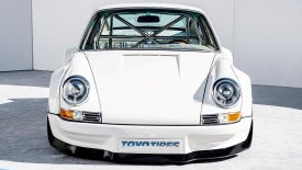 Μια κλασική Porsche 911 απέκτησε ηλεκτροκινητήρα… 710 ίππων!