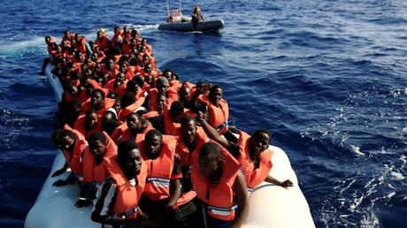 Ναυάγησε πλεούμενο στα ανοικτά του Μαρόκου – Αγνοούνται 22 μετανάστες