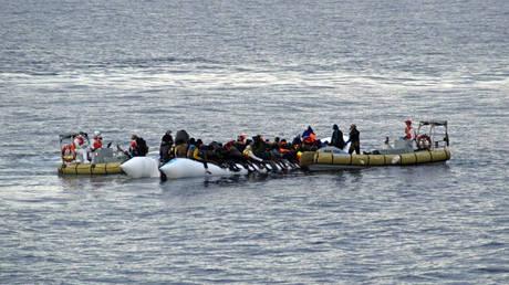 Ναυάγιο ανοιχτά της Σμύρνης – Δύο μετανάστες νεκροί, 10 αγνοούμενοι