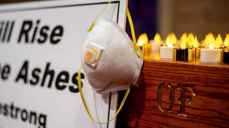 Πένθος στην Καλιφόρνια για τους 77 νεκρούς από τις φωτιές – Αγωνία για τους 993 αγνοούμενους