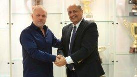 Πρόεδρος στο βόλεϊ του Ολυμπιακού ο Μαντούβαλος