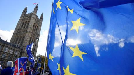 Στήριξη στο σχέδιο της Μέι για το Brexit από τον διοικητή της Τράπεζας της Αγγλίας