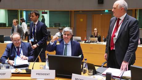 Τελεσίγραφο Eurogroup σε Ιταλία: Φέρτε νέο προϋπολογισμό