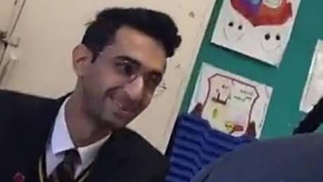 Τριαντάρης πρόσφυγας παρίστανε τον… 15χρονο μαθητή και ξεγέλασε τις Αρχές για εβδομάδες (pic)