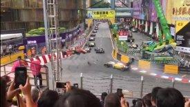 Τρομακτικό ατύχημα με 17χρονη πιλότο σε αγώνα Formula 3! (vids)
