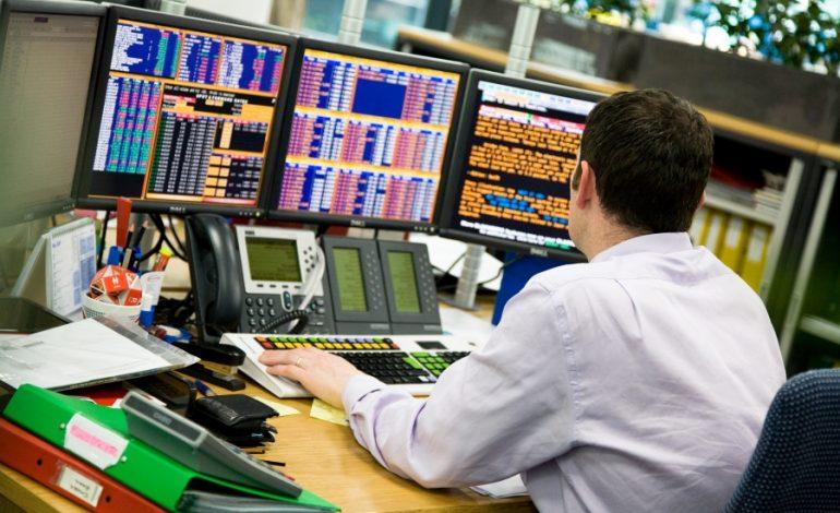 «Φιλί ζωής» στο Χρηματιστήριο έδωσε η Eurobank