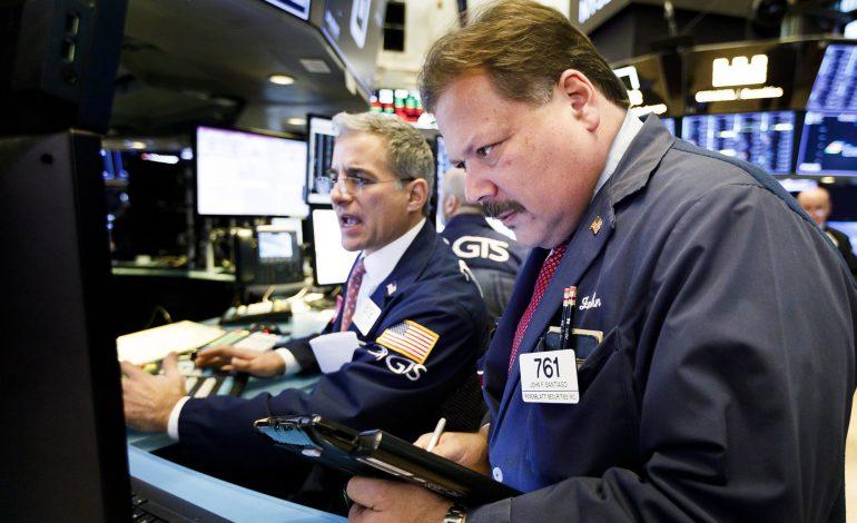 «Κατρακύλα» 600 μονάδων για τον Dow Jones