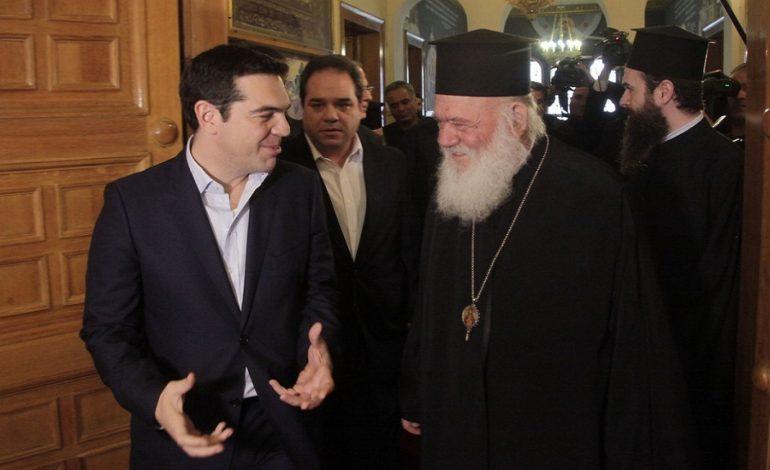 Μαξίμου «αδειάζει» Ιερώνυμο: Προχωράμε μόνοι μας για τη μισθοδοσία των κληρικών
