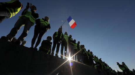 Black Friday: Χαμηλός ο τζίρος στη Γαλλία λόγω των «κίτρινων γιλέκων»