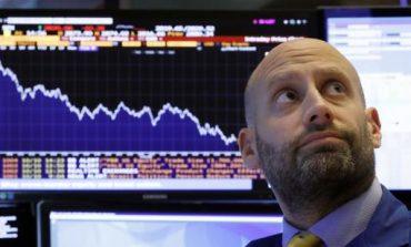 """Η αδυναμία της Apple """"λύγισε"""" την Wall Street"""