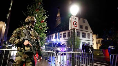 Επίθεση Στρασβούργο: Η αστυνομία εντόπισε το δράστη - Σύγχυση με τον αριθμό των νεκρών