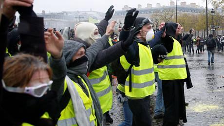 Κίτρινα γιλέκα: Ανησυχία για την ασφάλεια των πολιτών τους εκφράζουν χώρες της ΕΕ