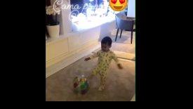 Και ο μικρός Ματέο Ρονάλντο αρχίζει να κλωτσάει μπάλα! (vid)