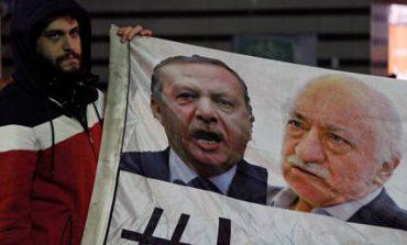 Τουρκική αστυνομία: Το δίκτυο του Γκιουλέν εξυπηρετεί τις μυστικές υπηρεσίες της Δύσης