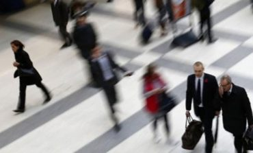 Κατέρρευσαν οι προσλήψεις στον ιδιωτικό τομέα τον Δεκέμβριο