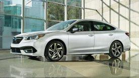 Επιμένει στην παράδοση το νέο Subaru Legacy (pics & vid)