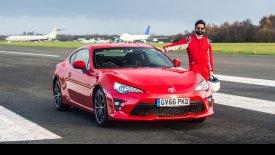 Τυφλός οδηγεί ξανά στην πίστα του Top Gear (vid)