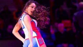 H Ελληνίδα dancer των Πίστονς στο gazzetta.gr (pics & vids)