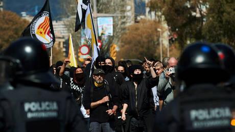 Βαρκελώνη: Ταραχές κατά τη διάρκεια διαδήλωσης με τραυματίες (pics)