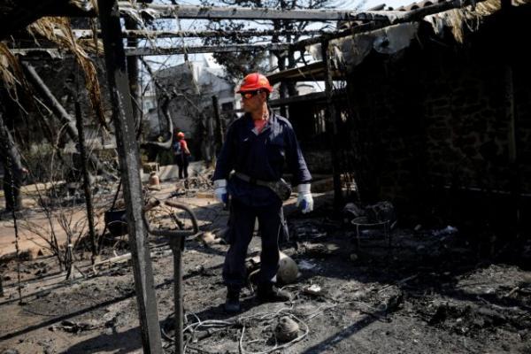 Μάτι: Μόλις 30 κατεδαφίσεις παρά τις πομπώδεις εξαγγελίες της κυβέρνησης