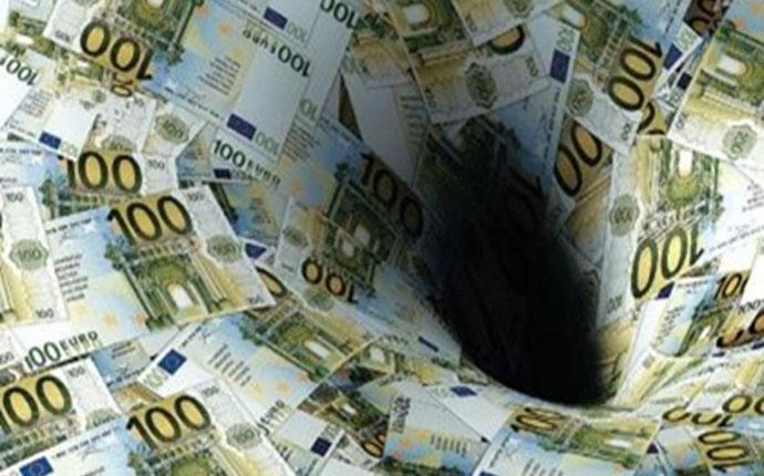 Δεν πληρώνουν εισφορές οι επαγγελματίες περιμένοντας τη ρύθμιση – Μεγαλώνει η «τρύπα» στα Ταμεία
