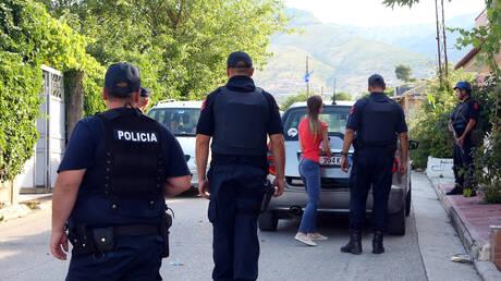Αλβανία: Αντιδράσεις από την ελληνική μειονότητα για την αφαίρεση δίγλωσσων πινακίδων