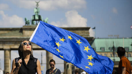 Διαδηλώσεις κατά του εθνικισμού στις μεγάλες πόλεις της Γερμανίας (pics)