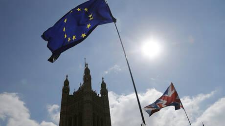 Η Βρετανία θα συμμετάσχει κανονικά στις ευρωεκλογές