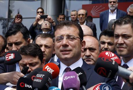 Κωνσταντινούπολη: Αποσύρεται υποψήφιος δήμαρχος – Διαδηλώσεις για τις επαναληπτικές εκλογές (pics)