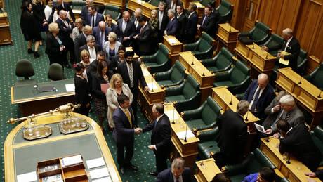 Νέα Ζηλανδία: Καταγγελία – σοκ για «κατά συρροήν βιαστή» που εργάζεται στο κοινοβούλιο