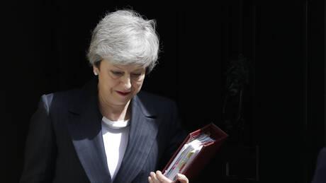 The Times: H Mέι ανακοινώνει αύριο την παραίτησή της