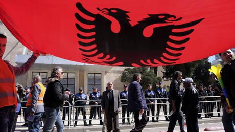 «Βαθαίνει» η κρίση και η αβεβαιότητα στην Αλβανία: Άγνωστο αν θα στηθούν κάλπες στις 30 Ιουνίου