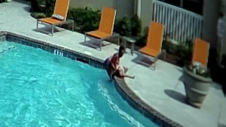 ΗΠΑ: 10χρονη έσωσε την τρίχρονη αδερφή της από πνιγμό σε πισίνα (pics&vid)