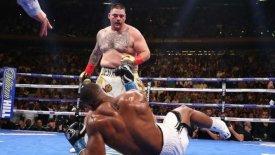 Τεράστια έκπληξη στη πυγμαχία: Ο Ruiz έριξε στο καναβάτσο τον Joshua! (vids)