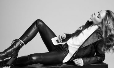 Η νέα συλλογή του οίκου Karl Lagerfeld είναι διαχρονική και ταυτόχρονα μοναδική!
