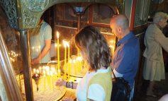 Πλήθος κόσμου καθημερινά στην Κηφισιά για την Παναγία Βηματάρισσα