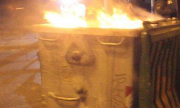 Συνελήφθη να βάζει φωτιά σε κάδους στο Μαρούσι