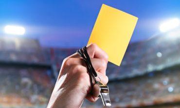 Κίτρινες κάρτες από θεσμούς για παροχές, μεταρρυθμίσεις