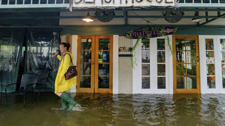ΗΠΑ: Η τροπική καταιγίδα Μπάρι αναβαθμίστηκε σε κυκλώνα – Προβλήματα στη Λουιζιάνα (pics&vids)