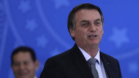 Ο Μπολσονάρου ακύρωσε συνάντηση με τον Γάλλο ΥΠΕΞ για να πάει… για κούρεμα