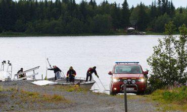 Σουηδία: Εννέα αλεξιπτωτιστές σκοτώθηκαν από τη συντριβή του αεροσκάφους (pics&vid)
