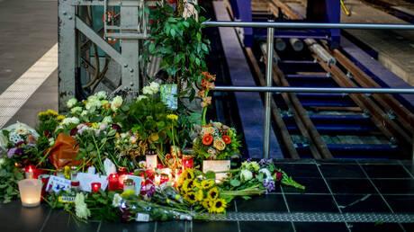 Ψυχολογικά προβλήματα αντιμετωπίζει ο 40χρονος έσπρωξε τον 8χρονο στις γραμμές του τρένου