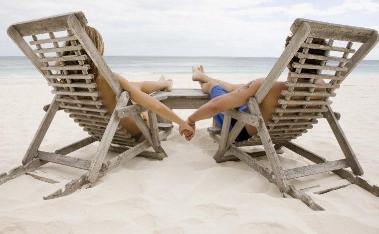 Διακοπές χωριστά: Τι σημαίνουν για τη σχέση;